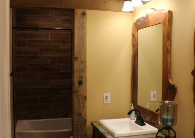 crosswise-custom-homes-bathroom-16