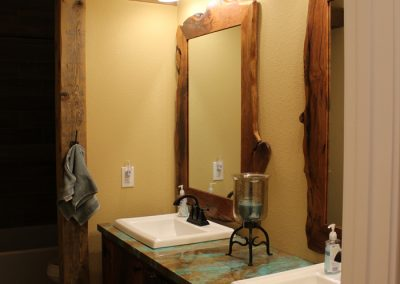 crosswise-custom-homes-bathrooms-17